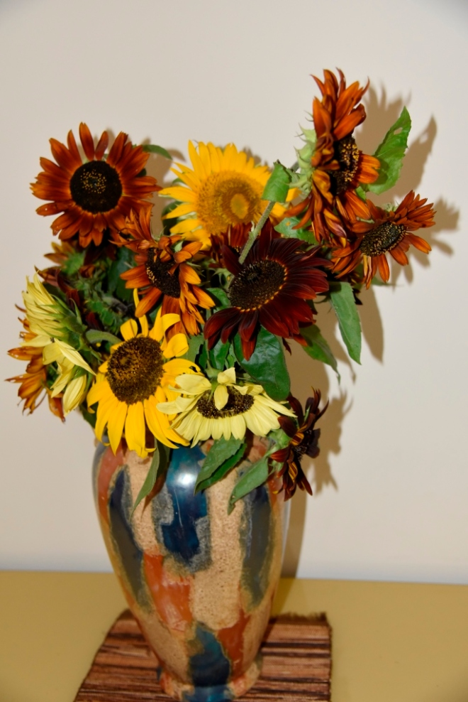 What can beat sunflowers in a vase